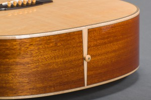 Traditional Series End Graft & Blacklip Mother of Pearl Inlaid Boxwood End-Pin