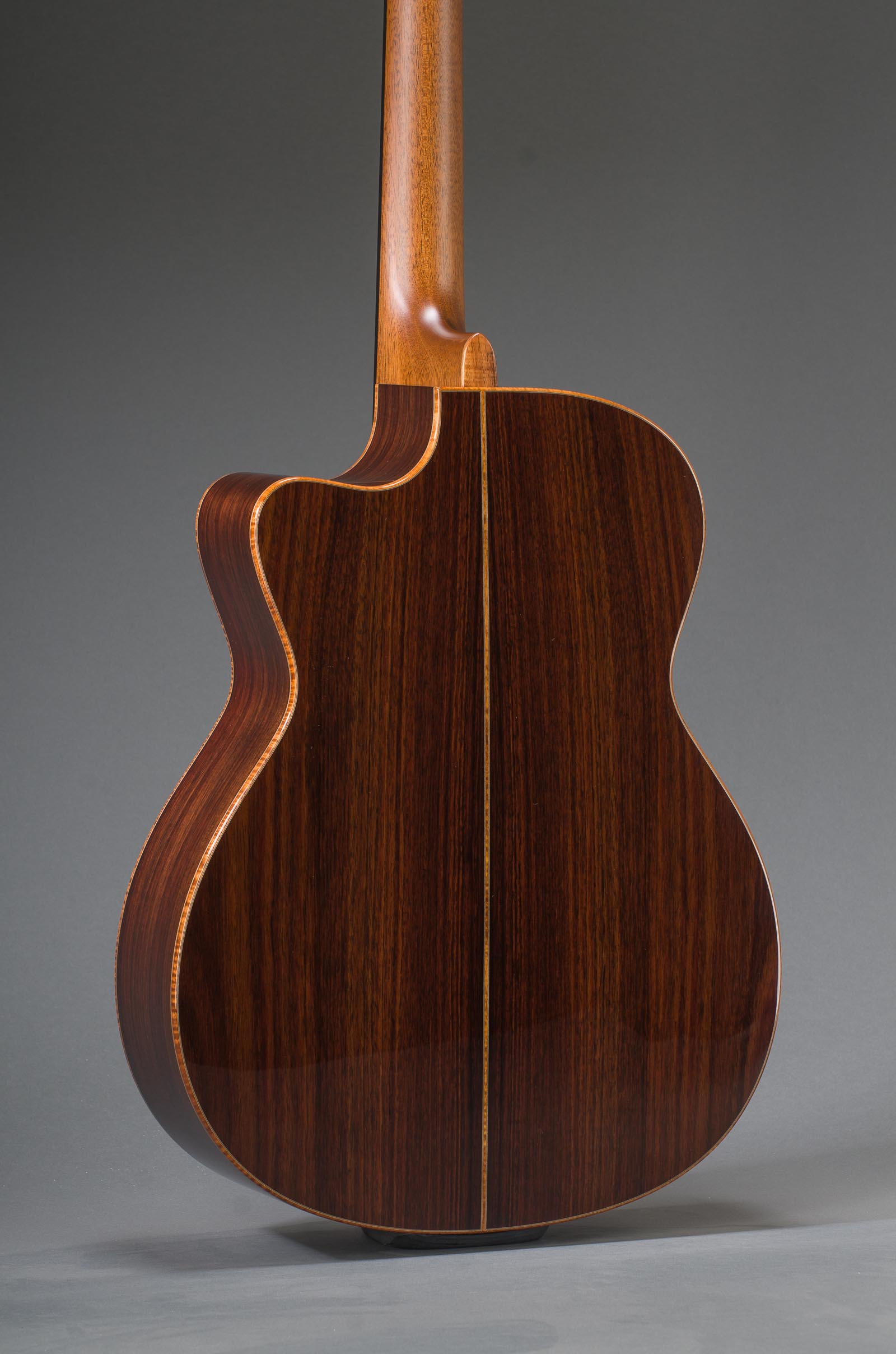 Signature East Indian Rosewood Grand Concert With Engelmann Spruce Top, Curly Koa Binding And Venetian Cutaway